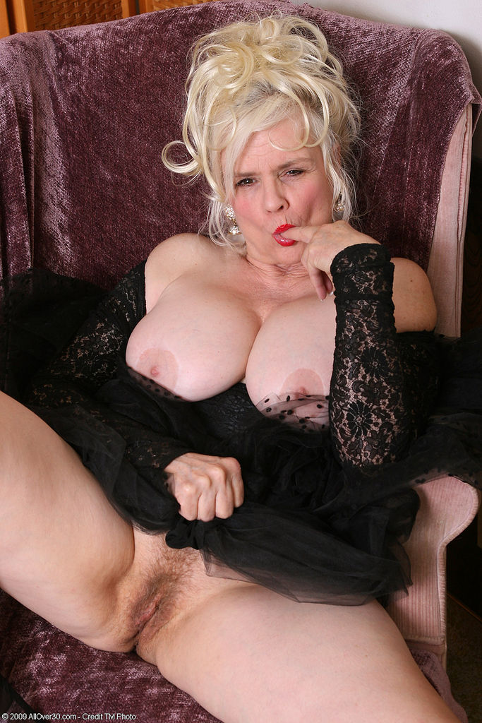 chubby blonde slut