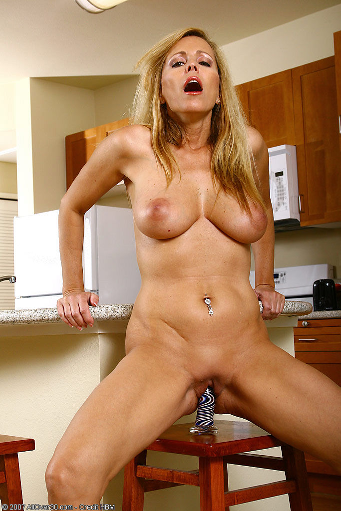 allover30   free gallery featuring nicole moore
