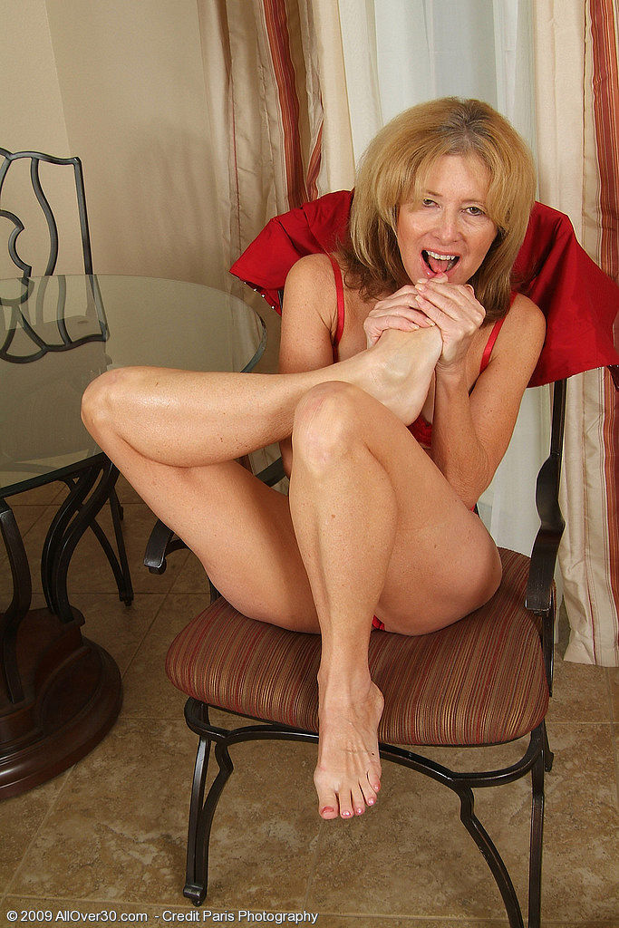 British milf angie george in a lesbian scene - 3 part 4
