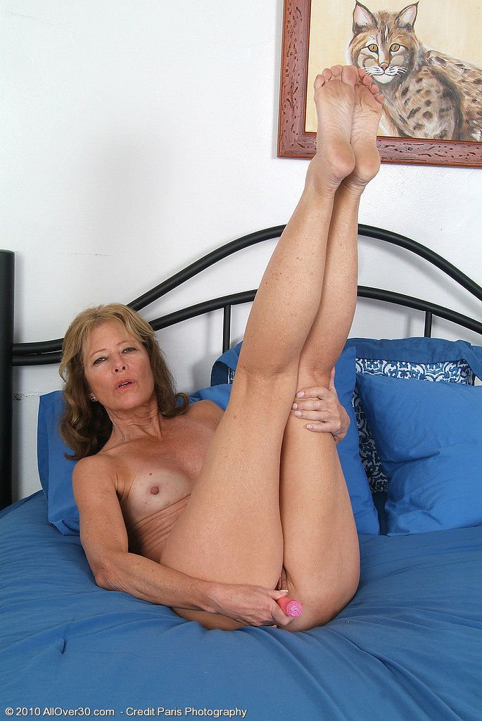 another gorgeous lady from within the members only area of allover30