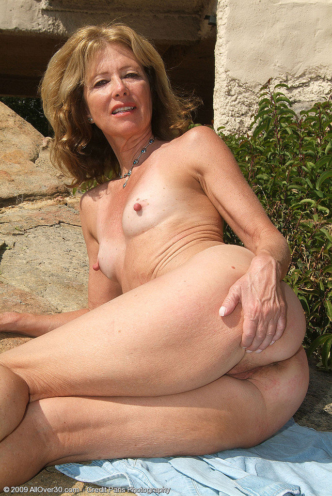 Yes Allover 30 mature model xxx