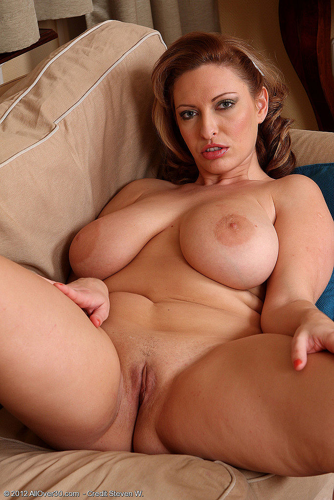 Mature women with big natural tits
