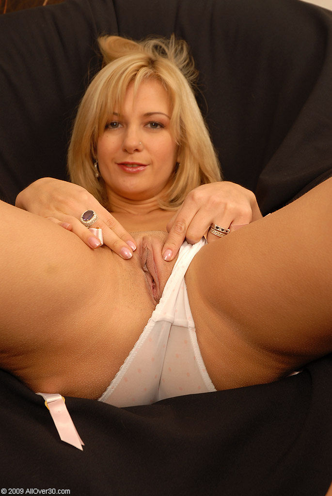Bored amp lonely housewife is such a tease 4