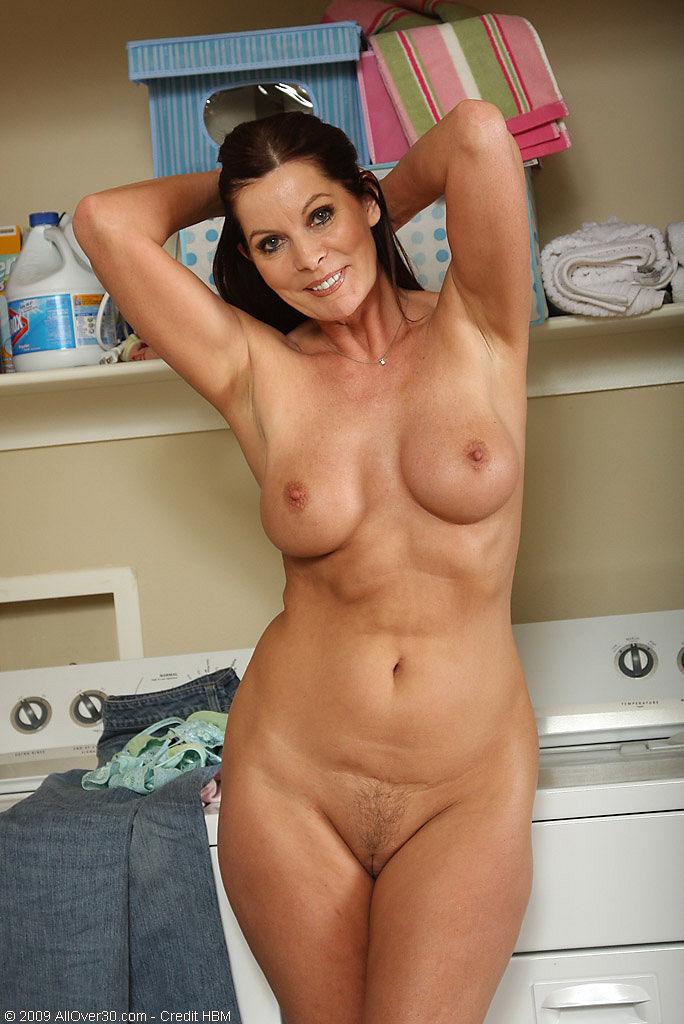 голые и сексуальные дамы фото