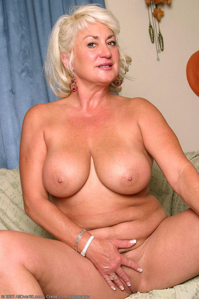 oldest female porn star galleries