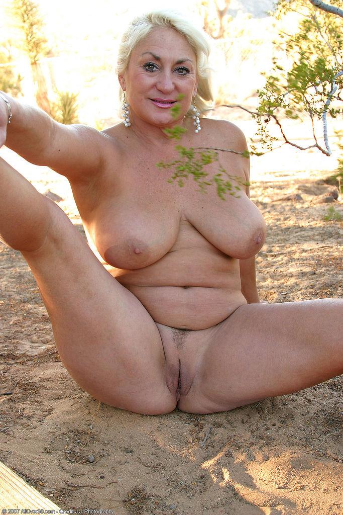 Dana Hayes