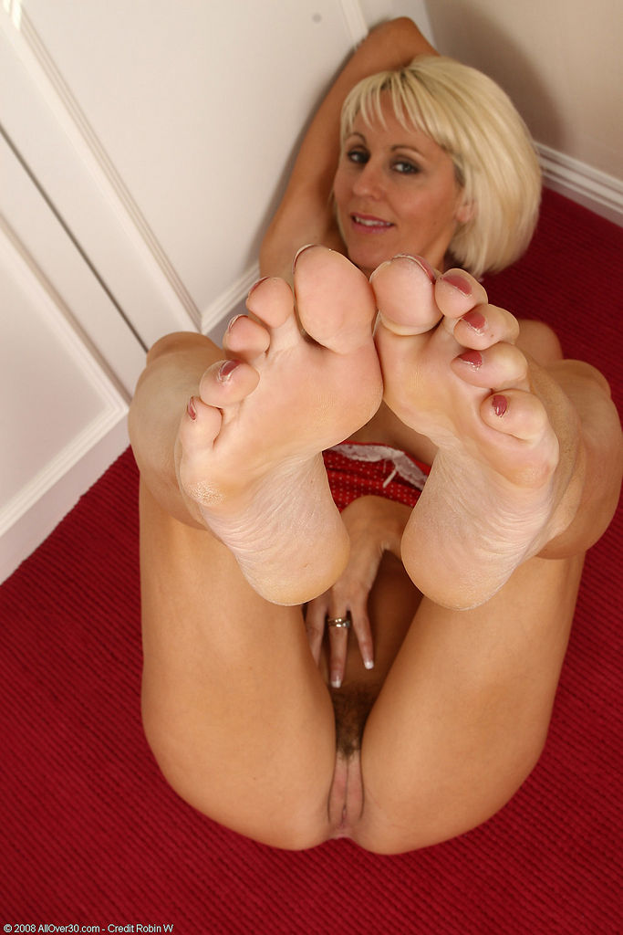 I have the feet of a goddess and i need you to pamper them 8