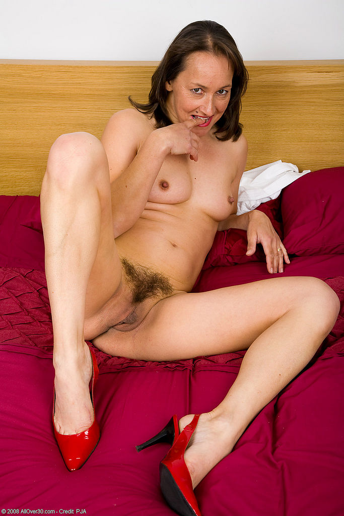 image Old woman have a wank big dick by omageil