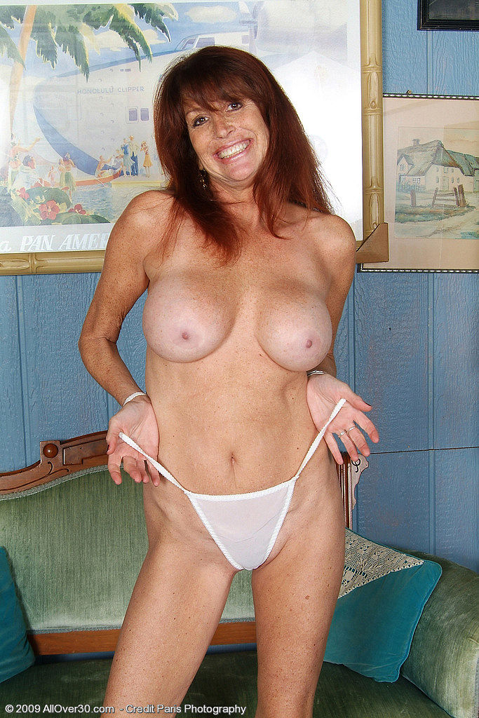 Gorgeous mature with her first young lover fr