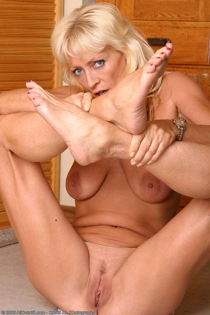 womens feet during orgasm