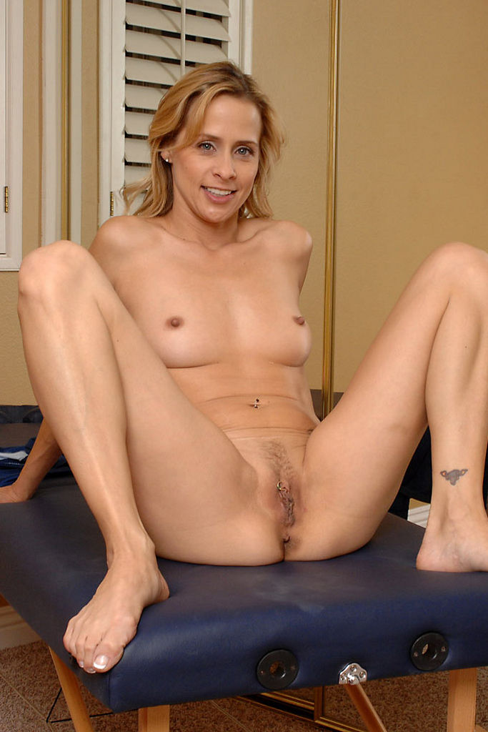 mature english women nude