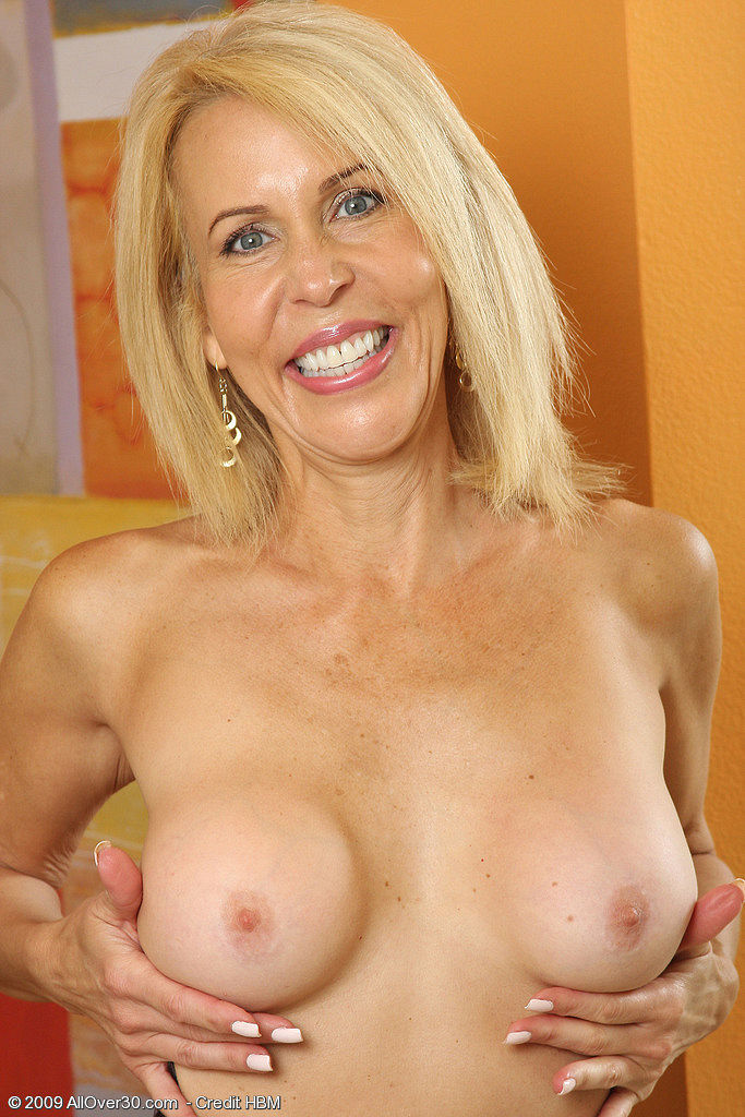 Old blonde is picked up for hard fucking 5
